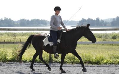 Camilla rider Flisan utan träns. den 26 juli 2015.