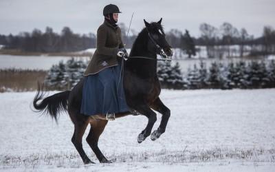 Underbara Excell, 27 år, och Camilla i en levad. 12 januari 2014.