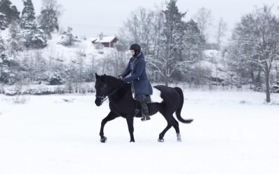 Flisan med Camilla på ryggen. 25 januari 2015.